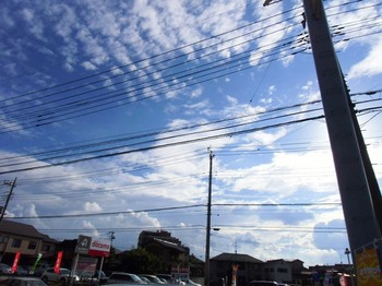 #01夏雲秋雲越谷市南町G1731.jpg