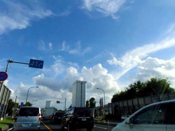 #03夏雲秋雲三郷市G1737.jpg