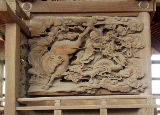 #05G4362春日神社彫刻・南面.jpg