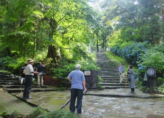 #11瑞鳳殿へ至る階段.jpg