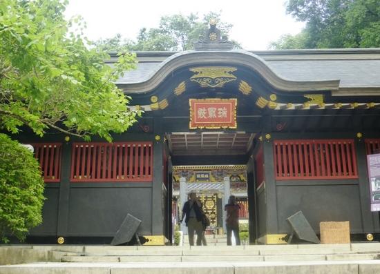 #15瑞鳳殿の門.jpg
