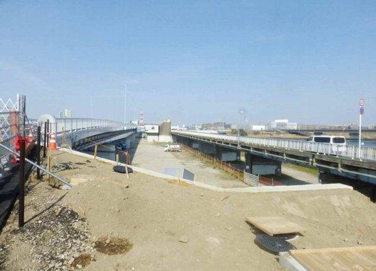 #15行徳橋架替前と後P910.jpg