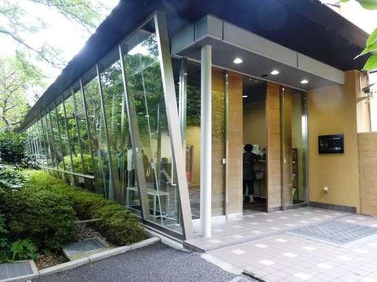 #23芳澤ガーデンギャラリー退館1P305B.jpg