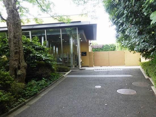 #24芳澤ガーデンギャラリー退館2P306.jpg